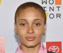 La mannequin Adwoa Aboah confie ses soucis d'acné : on adore