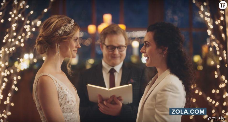 La chaîne Hallmark censure un spot dans lequel deux femmes s'embrassent