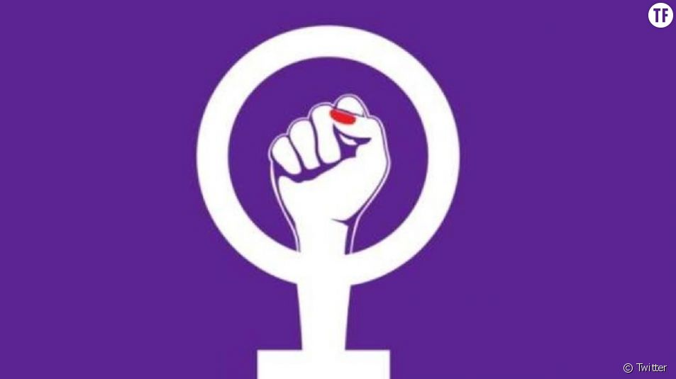 Poing levé et semaine violette : le symbole de la grève des femmes en Suisse.