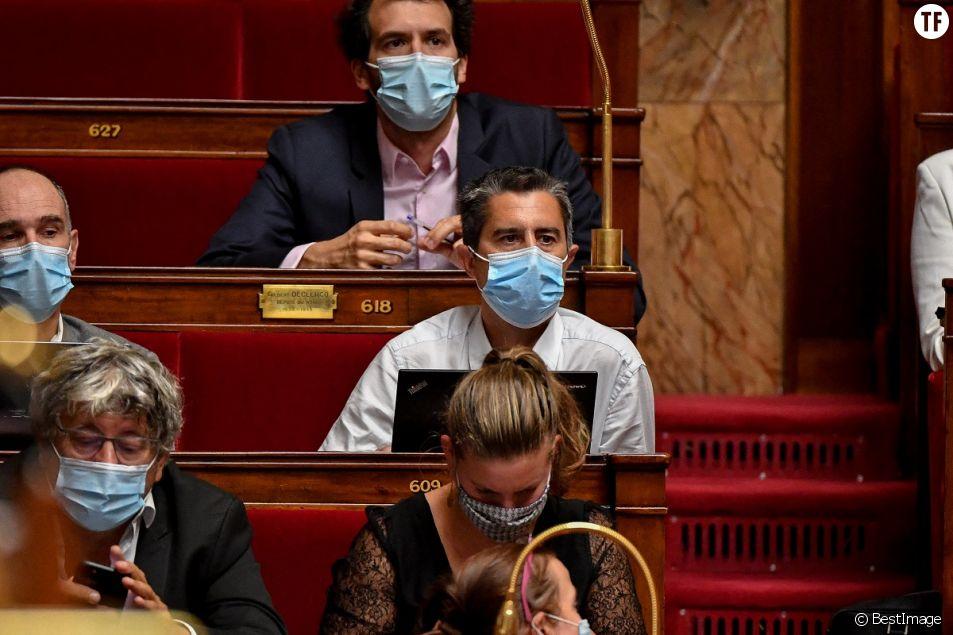 """François Ruffin en appelle au """"treizième mois"""" des femmes de ménage de l'Assemblée."""