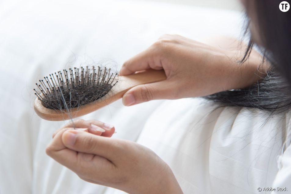 La perte de cheveux post-grossesse, un traumatisme qu'on évoque peu