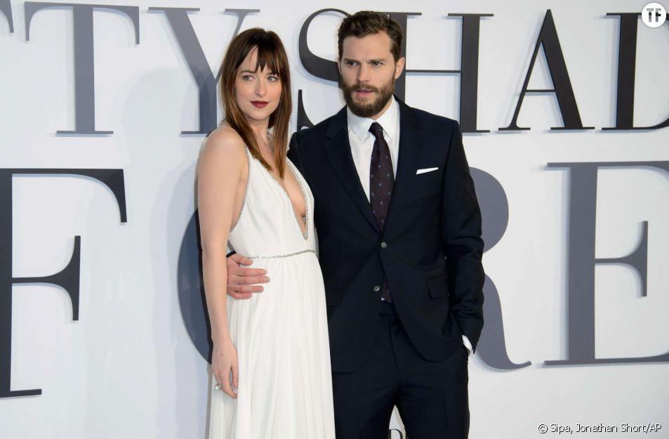 "Dakota Johnson et Jamie Dornan, alias Anastasia Steele et Christian Grey dans ""50 Shades of Grey"""