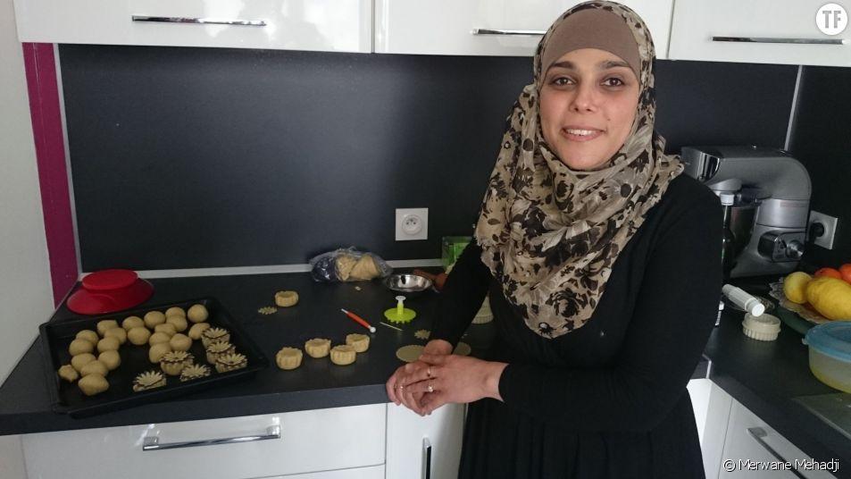 Nassima, 35 ans et pâtissière à domicile.