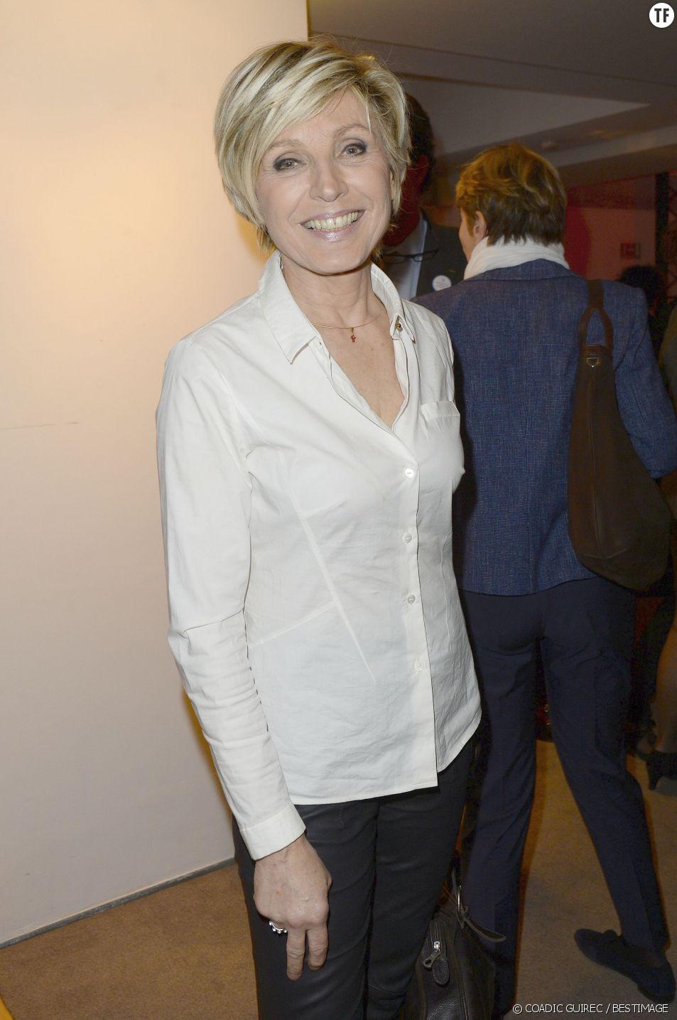Evelyne Dhéliat, miss météo depuis 20 sur TF1.