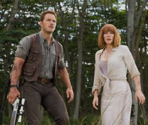 Chris Pratt et Bryce Dallas Howard dans Jurassic World