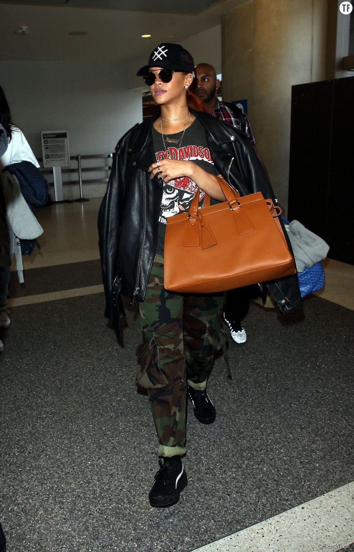 Rihanna à l'aéroport de Los Angeles le 14 juin 2015