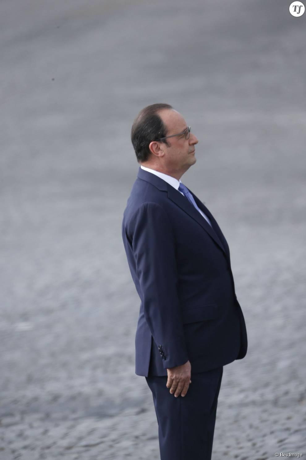 Loin de sa posture rigide de Président, François Hollande va enfin pourvoit être lui-même en vacances avec Julie Gayet.