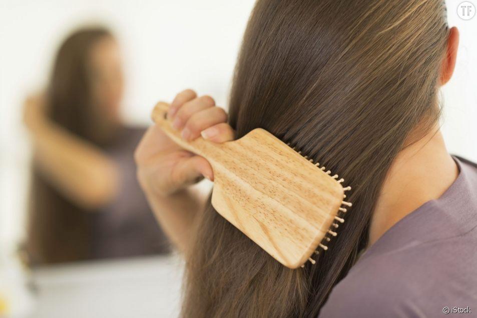 Comment ralentir la chute des cheveux ?