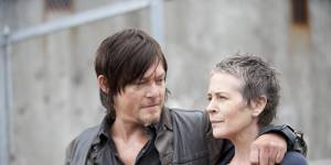 The Walking Dead saison 6 : Carol et Daryl en couple ? (Spoilers)
