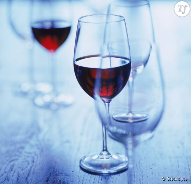 Cancer du sein : un verre de vin par jour augmenterait les risques