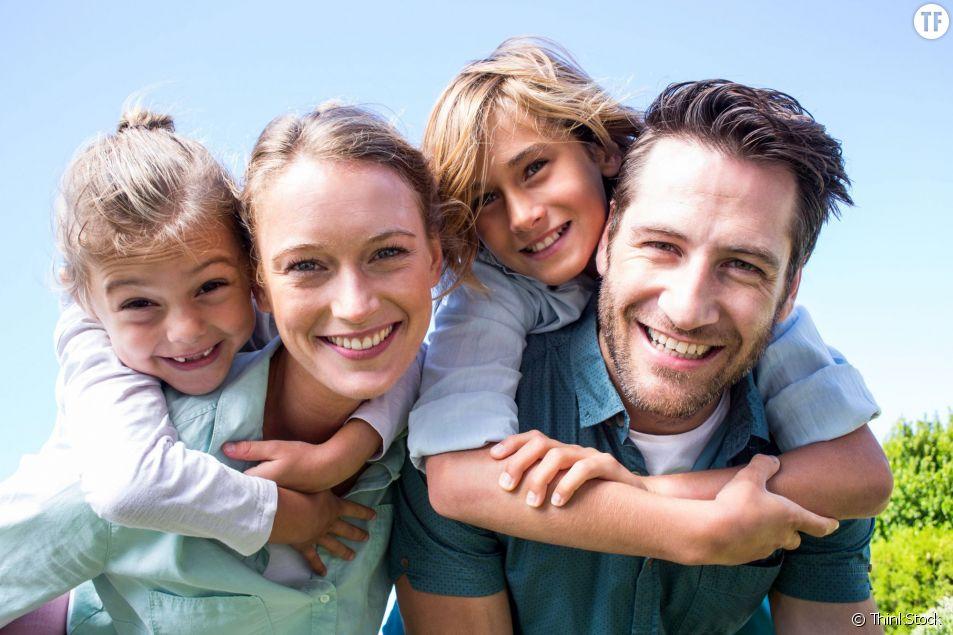 Les parents qui s'occupent équitablement de leurs enfants ont une vie sexuelle plus épanouie