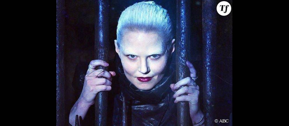 The dark swan dans once upon a time 5 for Deco 6ter replay