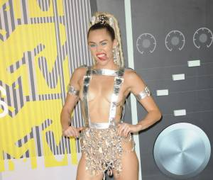 MTV Video Music Awards 2015 : revoir le clash Nicki Minaj / Miley Cyrus (Vidéo)