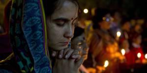 Inde : le sort de deux soeurs condamnées à être violées indigne la planète entière