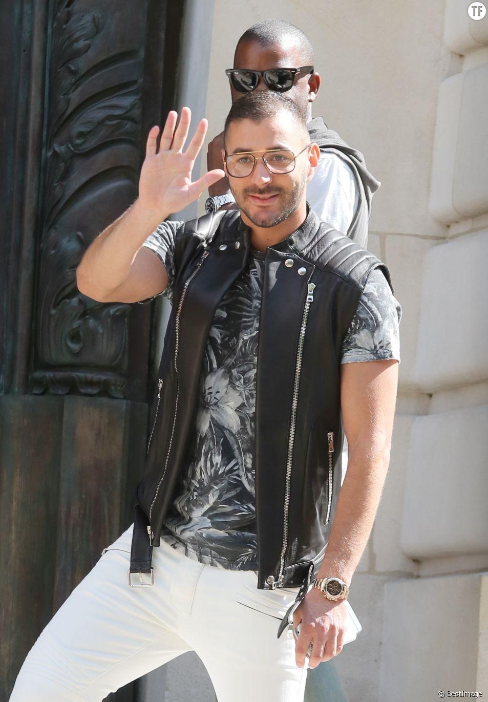 Karim Benzema - People au défilé de mode masculine Balmain PAP Printemps / été 2016 à l'hôtel Potocki à Paris le 27 juin 2015.