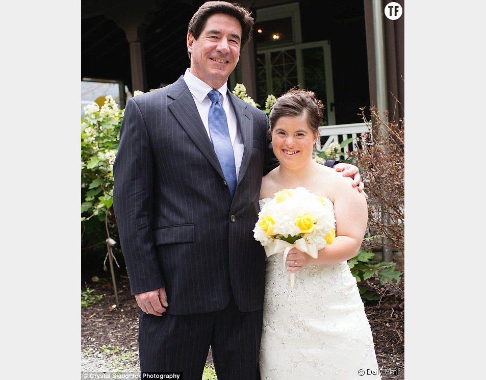 Paul Daugherty et sa fille Jilian le jour de son mariage