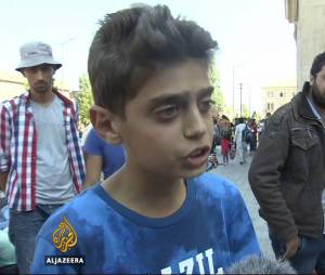 """""""Mettez juste fin à la guerre"""" : l'appel déchirant d'un jeune migrant syrien de 13 ans"""