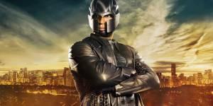 Arrow Saison 4 : le nouveau costume de Diggle se dévoile
