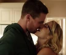Arrow Saison 4 : Emily Bett Rickards et Stephen Amell (Felicity et Oliver) très amoureux