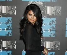 Selena Gomez : Taylor Lautner n'est pas assez mature pour elle