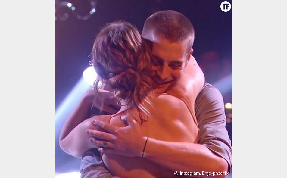 EnjoyPhoenix dans les bras de son danseur Yann-Alrick Mortreuil-Henry