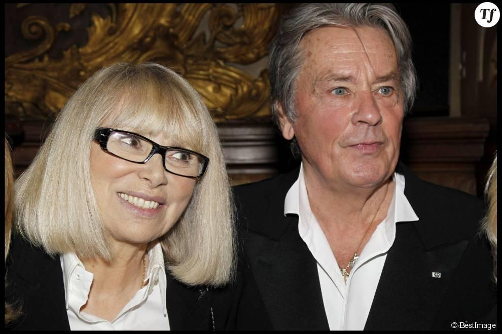 Alain Delon et son ex-compagne Mireille Darc en 2011