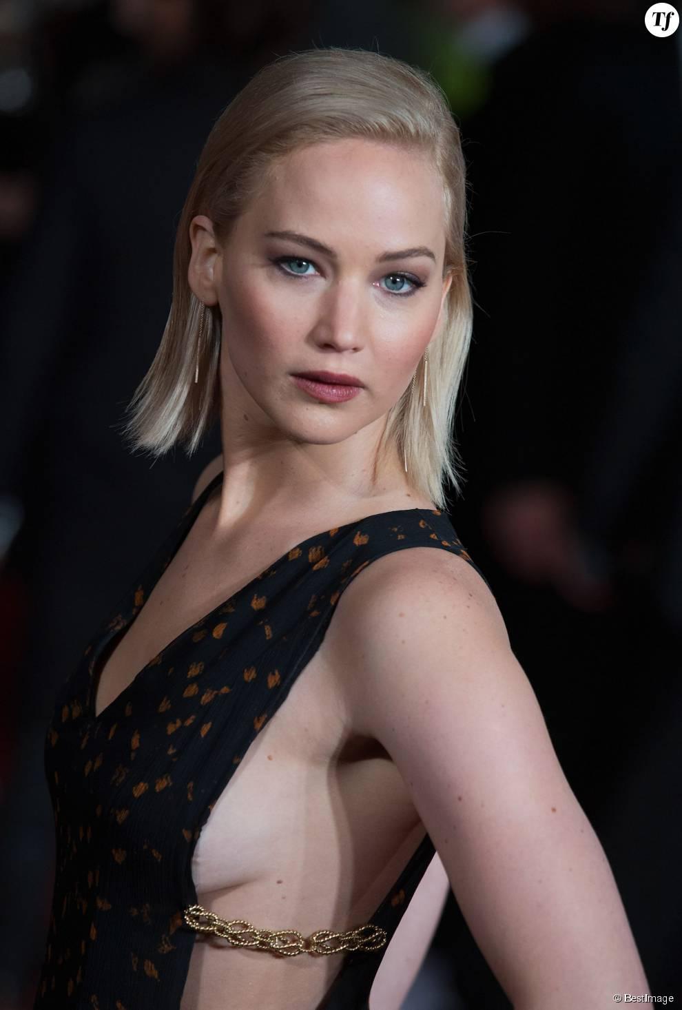 Jennifer Lawrence et ses cheveux blancs à Londres