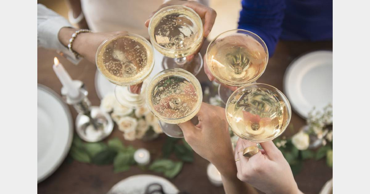 Boire 2 coupes de champagne par semaine la solution pour - Boire une coupe de champagne enceinte ...