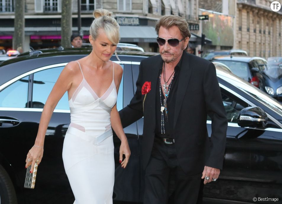 Johnny et Laetitia Hallyday arrivent à la Vogue Paris Foundation Gala