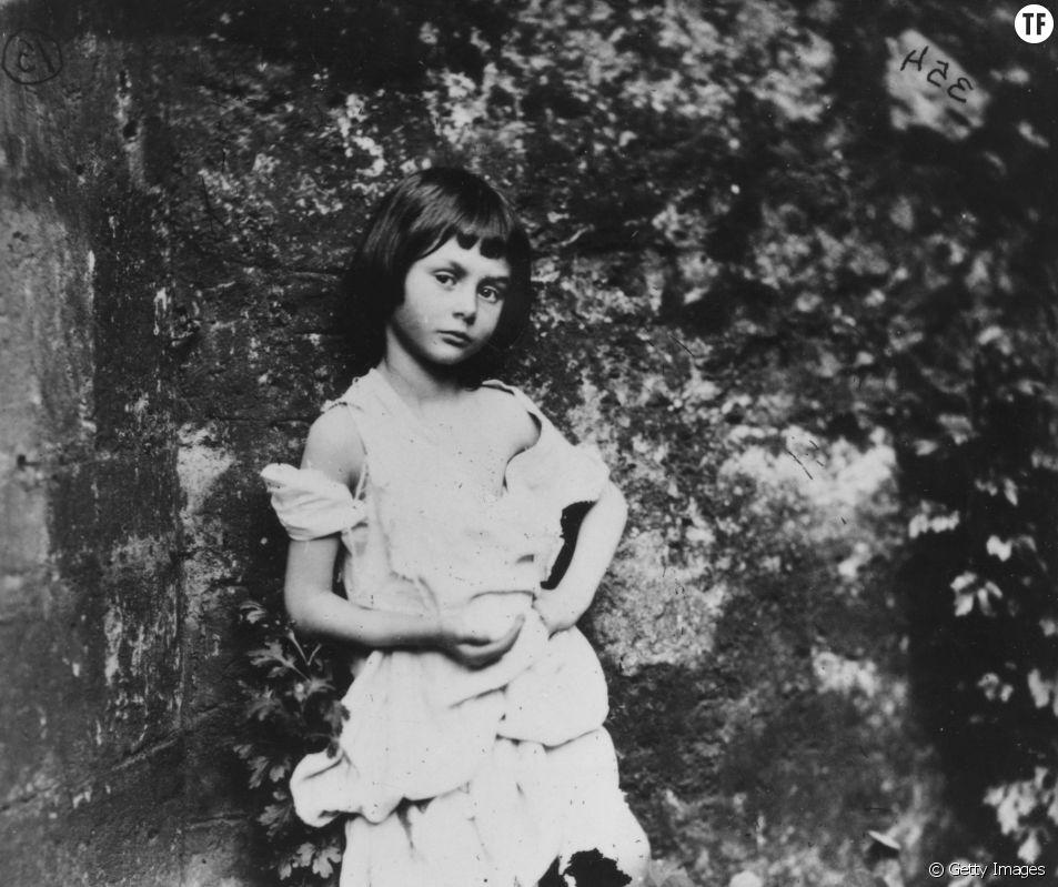 Alice Liddell photographiée par Lewis Carroll en 1858