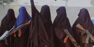 """État islamique : """"Il ne faut pas sous-estimer le rôle multiple des femmes"""""""