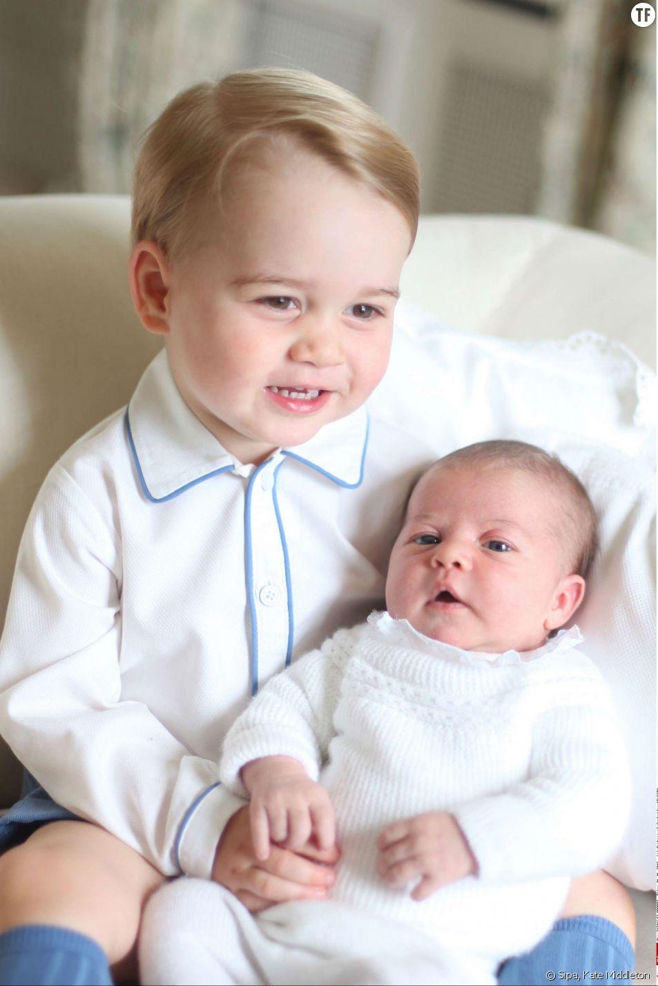 Le Prince George et la princesse Charlotte en juin dernier