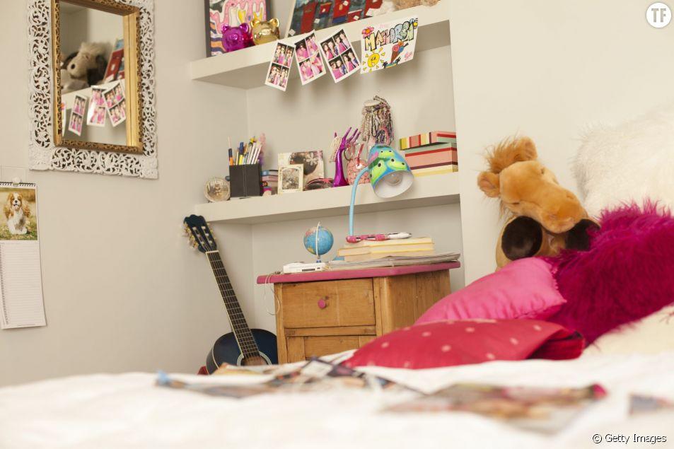 Une chambre d'ado girly à prix tout doux ?