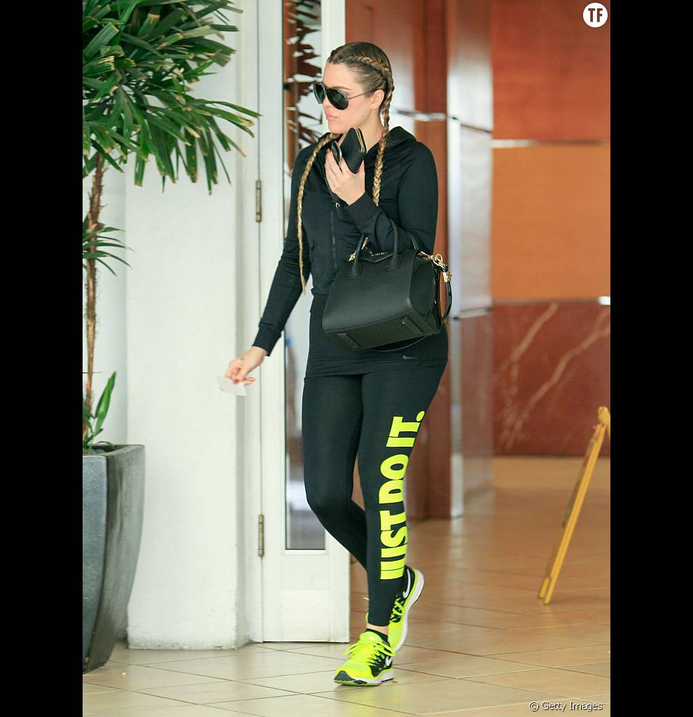Même pour se rendre à la gym, Khloé Kardashian ne lache pas ses Boxer Braids.