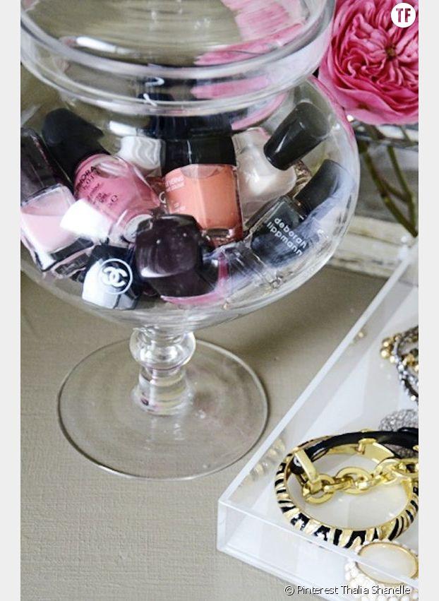 On utilise nos bonbonnières aussi pour ranger notre maquillage