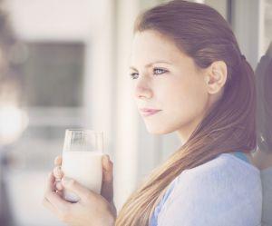 Pourquoi vous devriez boire un verre de lait avant un long trajet en voiture