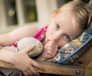 Sucer son pouce et ronger ses ongles est bon pour les enfants