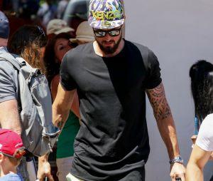 Olivier Giroud : en vacances à Saint-Tropez avec sa femme Jennifer et leur fille Jade (photos)