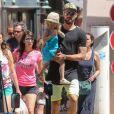 Olivier Giroud, sa femme Jennifer et leur fille Jade se baladent dans Saint-Tropez, France, le 19 juillet 2016