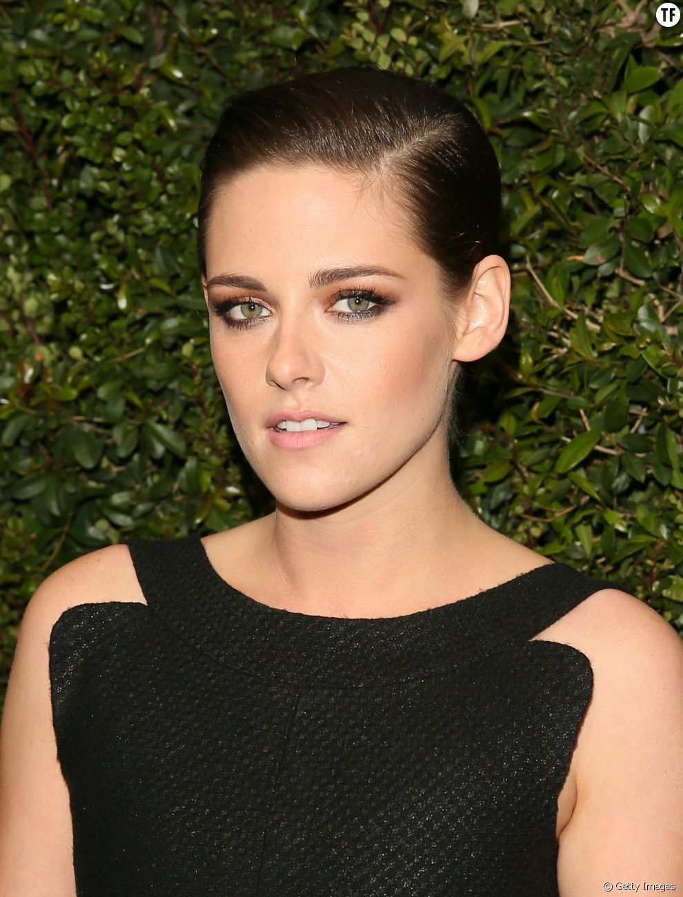 Kristen Stewart explains why she decided to get a buzz cut