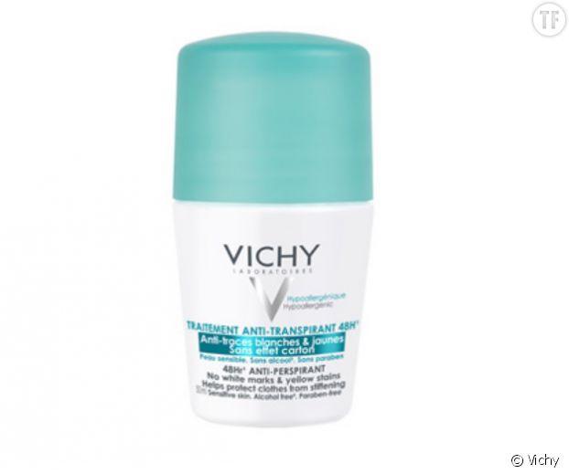 Déodorant bille anti-transpirant Vichy à base de sel d'aluminium et de perlite.