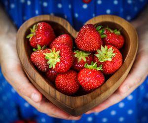 La recette des fraises façon pommes d'amour
