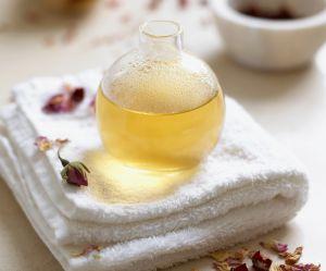 DIY : la recette minceur anti-cellulite à base d'huiles essentielles