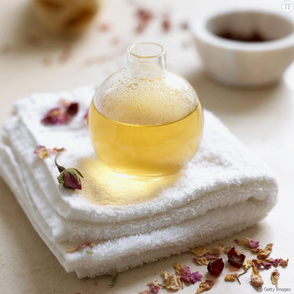 DIY : la recette minceur anti-cellulite à base d'huiles essentielles.