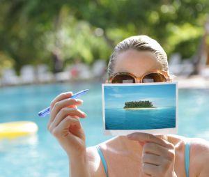 10 excellentes raisons de réhabiliter la carte postale cet été