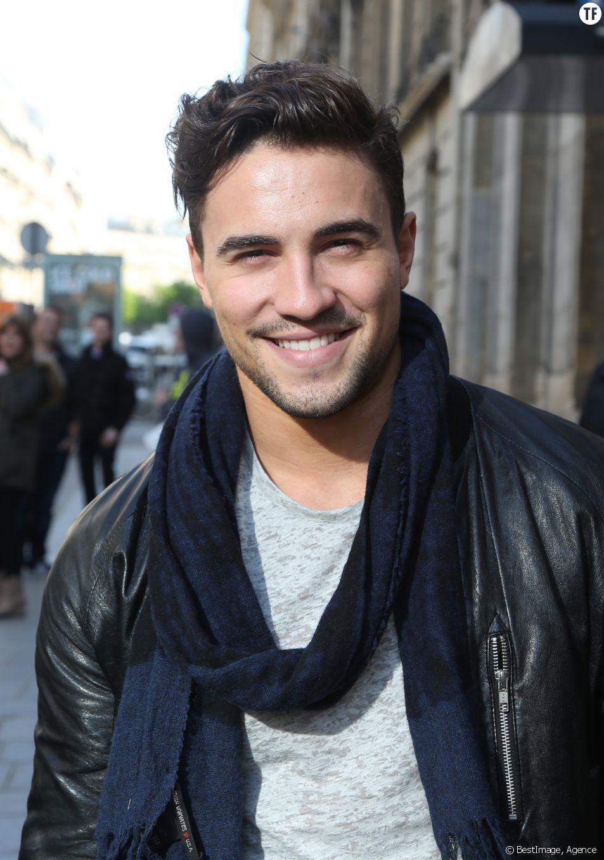 Le chanteur Olivier Dion