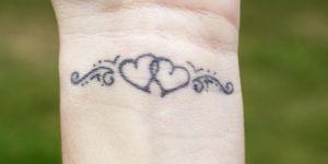 40 petits tatouages coeur qui vont vous faire chavirer