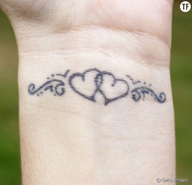 40 petits tatouages coeur qui vont vous faire chavirer - terrafemina