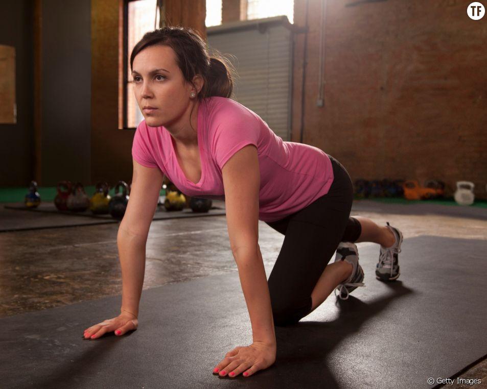 Marcher à quatre pattes, la nouvelle tendance fitness