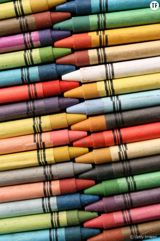comment liminer les petits trous d 39 un mur avec un simple crayon terrafemina. Black Bedroom Furniture Sets. Home Design Ideas